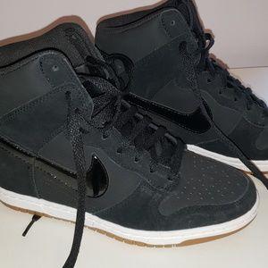 Nike Dunk Sky HI Essential Womens Wedge Sneaker 8